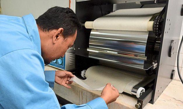 Papier maken van zeewier