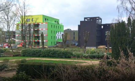 """Uma atualização sobre o edifício movido a algas """"BIQ"""" de Hamburgo"""