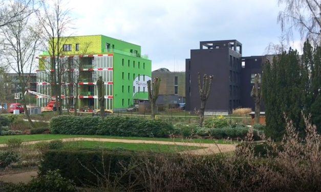 "An update on Hamburg's ""BIQ"" Algae-powered Building"